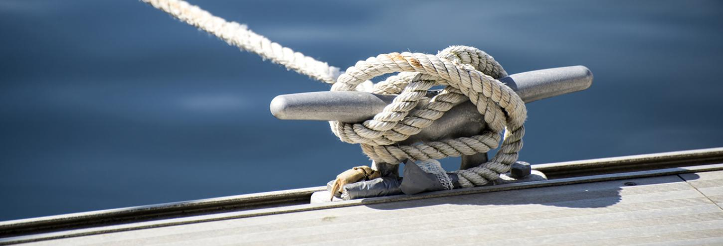 Boat rope and water