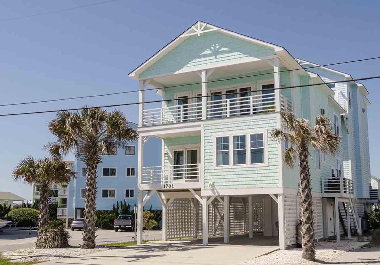 Pelican Drive beach house in Carolina Beach, NC